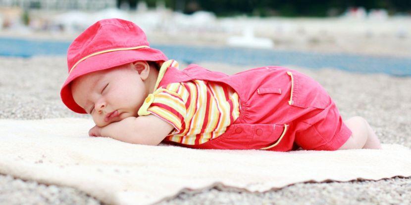 Bảo vệ trẻ an toàn dưới ánh nắng mặt trời - Milena - 1