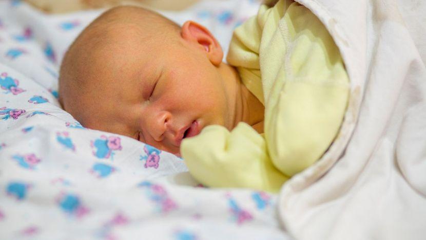 Vàng da ở trẻ sơ sinh không liên quan đến Vitamin D - Milena-1