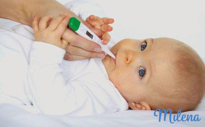 Đo nhiệt độ thường xuyên giúp mẹ nhận biết tình trạng sức khỏe của con