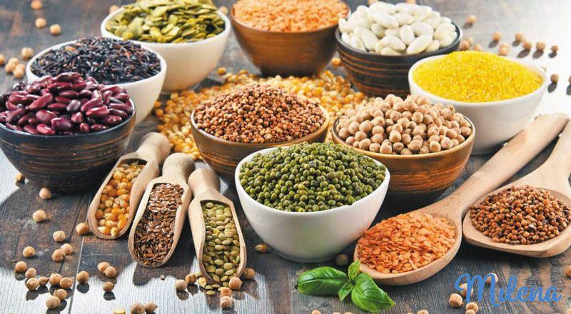 Ngũ cốc và hạt cung cấp nhiều dưỡng chất thiết yếu cho cơ thể