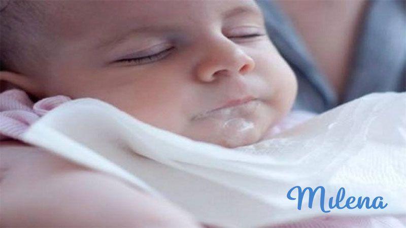Bé thường hay bị trớ sữa