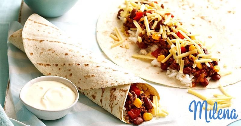 Đậu và bánh Burrito phô mai