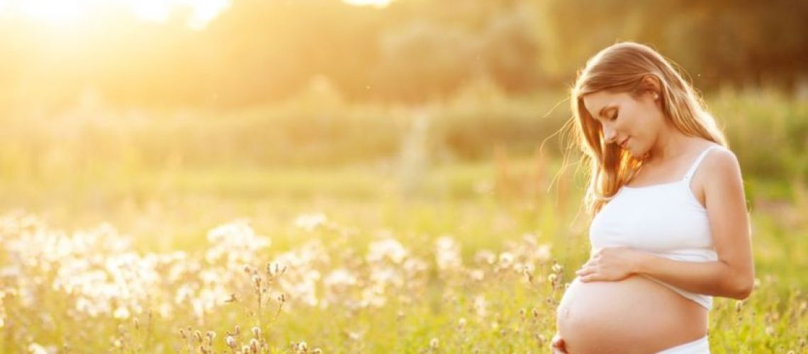PHơi nắng trong thai kỳ có cần bổ sung Vitamin D không